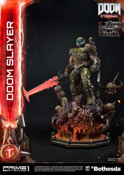 Doom Eternal Statue Doom Slayer Deluxe Version 110 cm