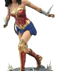 Wonder Woman 1984 DC Movie Gallery PVC Statue Wonder Woman 23 cm